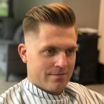Vyriški kirpimai,barzdų modeliavimas,skutimas. / Loreta / Darbų pavyzdys ID 698401