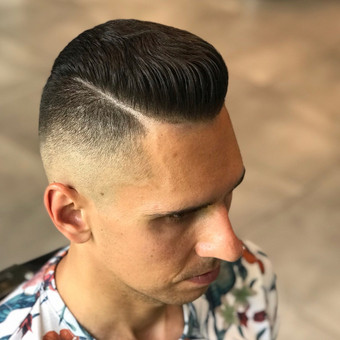Vyriški kirpimai,barzdų modeliavimas,skutimas. / Loreta / Darbų pavyzdys ID 698405