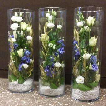 Stalų puošimas su stiklo vazų nuoma