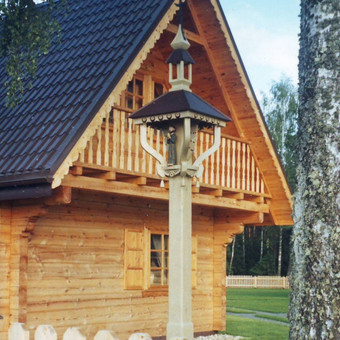 Koplytstulpis Druskų miške, Prienų rajone.