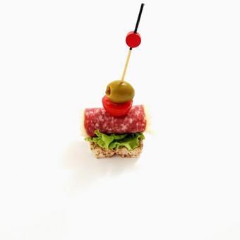 Vieno kąsnio sumuštinukai, maitinimas šventėms. / Skonių alėja / Darbų pavyzdys ID 731901
