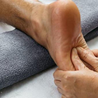 Terapinis masažas tai natūralus požiūris į geresnę sveikatą. / Artūras / Darbų pavyzdys ID 735345