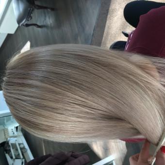 Kirpėjas, meistras, plaukų stilistas / Nijole Veliulė / Darbų pavyzdys ID 744379