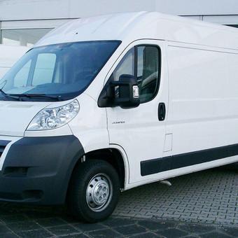 Keleivinių, Krovininių, Lengvųjų automobilių nuoma / leo666 / Darbų pavyzdys ID 761685