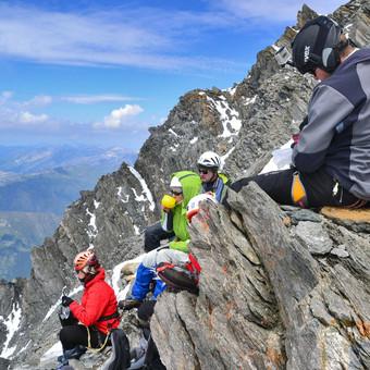 Kalnų kelionės / Kalnų kelionių klubas / Darbų pavyzdys ID 763763