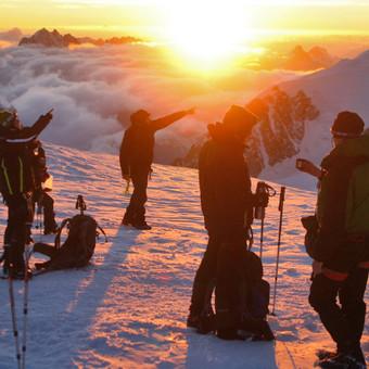 Kalnų kelionės / Kalnų kelionių klubas / Darbų pavyzdys ID 763795