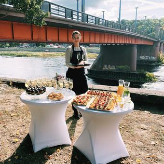 Šventė Stilingai - vaišių/šampano staliukas + aptarnavimas / Gabrielė Venckūnaitė / Darbų pavyzdys ID 768815