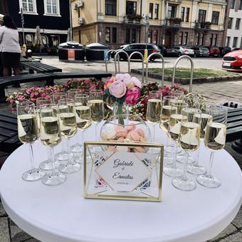 Šventė Stilingai - vaišių/šampano staliukas + aptarnavimas / Gabrielė Venckūnaitė / Darbų pavyzdys ID 768819
