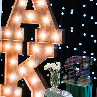Lights&Letters stendas parodoje Mūsų vestuvės.