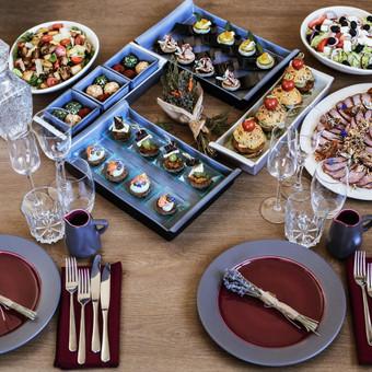 Vieno kąsnio užkandžiai, maistas Jūsų šventei / Peilis ir Šakutė / Darbų pavyzdys ID 826051