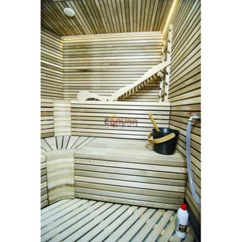 Pirtis Mažajame kaimelyje Pirties sienos ir gultai iš aukščiausios rūšies kedro medienos. Apšvietimas - šiltos baltos spalvos LED juosta. Lubose įmontuotas poliruotas nerūdijantis plieno l ...