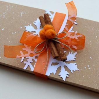 dėžutė šokoladui ir sveikinimui