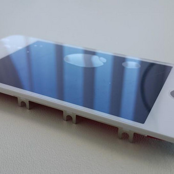 Apple iPhone 4 / 4S ekrano keitimas tik 26€! Pakeičiame per 30 min.! Paskubėkite sutaisyti, ekranų kiekis ribotas.