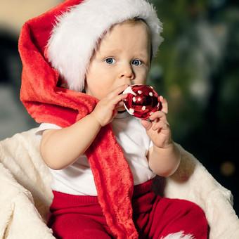 Kalėdinė šeimos fotosesija jūsų namuose.