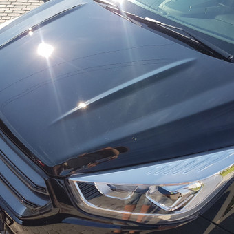 Automobilio poliravimas ir padengimas nano vašku.