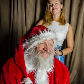 Galimos fotosesijos ir su Kalėdų seneliu
