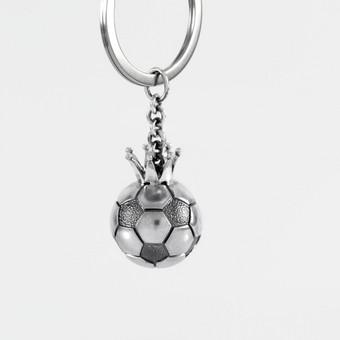 """Sidabrinis raktų pakabukas """"Futbolo kamuolys"""""""