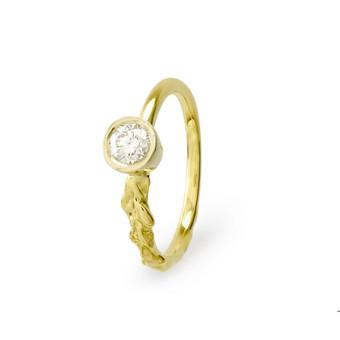 Geltono aukso 750 prabos žiedas su briliantu 0,26 ct