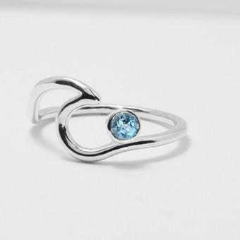 """Sidabrinis žiedas su topazu """"Bangelė"""""""