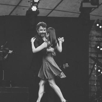 Argentinietiško Tango pamokos su Eduardo Gimenez / Eduardo Gimenez / Darbų pavyzdys ID 983981