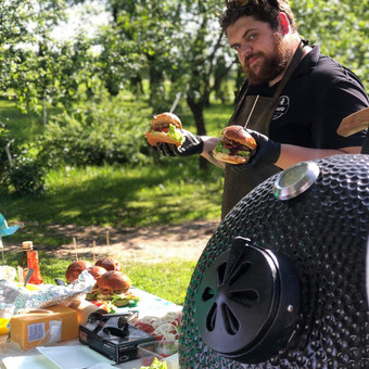 Sinners Burgers - grill patiekalai bet kuriuo sezonu! / Laurynas Valutis / Darbų pavyzdys ID 984691