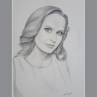 Portretas iš nuotraukų. Anglies pieštukai. 30x40 cm.
