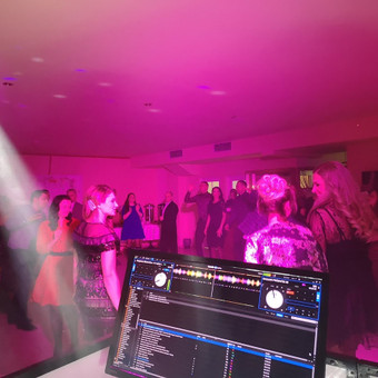 Vedėjas ir DJ viename - kokybiškas įgarsinimas, apšvietimas / Justinas Sruoginis / Darbų pavyzdys ID 999807