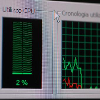 Virusų valymas, kompiuterio programinis spartinimas.