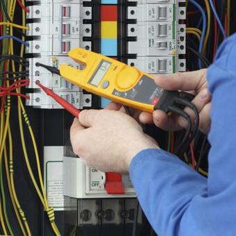Matuojame varžą, atliekame kitus matavimus, Elektros ukio atnaujinimas
