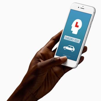 1driver, iOS aplikacija, kuri siūlo vairavimo testų sprendimą UK rinkoje. Spredimas: Aplikacijos dizainas.