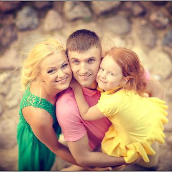 Šeimos fotosesijos;