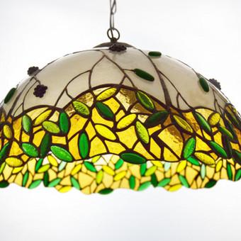 Stiklo šviestuvas- tiffany technika