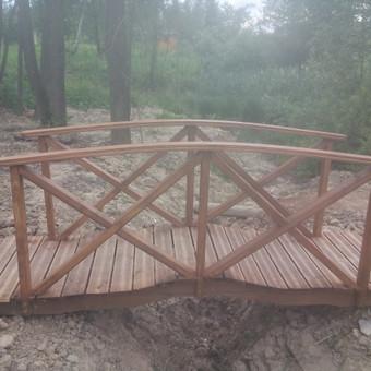 Išlenktas tiltelis