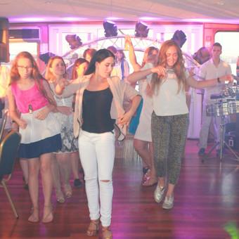 Šokiai, šokių pamokos / Inga Ališauskaitė / Darbų pavyzdys ID 137381