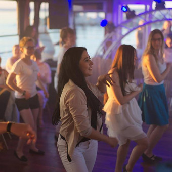 Šokiai, šokių pamokos / Inga Ališauskaitė / Darbų pavyzdys ID 137387