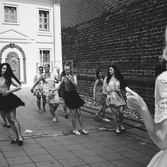 Šokiai, šokių pamokos / Inga Ališauskaitė / Darbų pavyzdys ID 137391