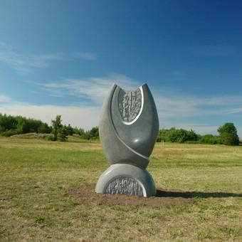 virsmas Šventoji, skulptūrų parkas Akmens amžius