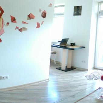 Raudona- šiluma, energija ir tai kas kelia džiaugsmą jūsų bute :)