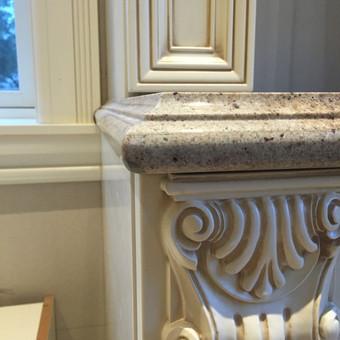 Stalviršio iš natūralaus granito apdirbimas