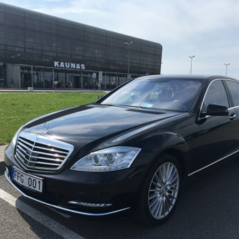 2016.08.21 Meeting clients in airport and transfer to Poland