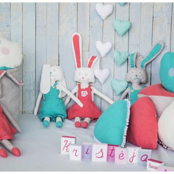 Lininės pagalvėlės, žaislai kiškiai-piškiai, pufai, dekoracijos (širdelės), 100% lino medžiaga.