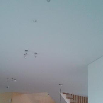 stikliniai įleidžiami LED šviestuvai gali sukurti originalų ir jaukų apšvietimą
