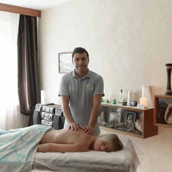 Masažo paslaugos, patyręs masažo meistras Vilniuje / Ilja Berlin / Darbų pavyzdys ID 200871
