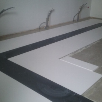 Silestone plyteliu grindys