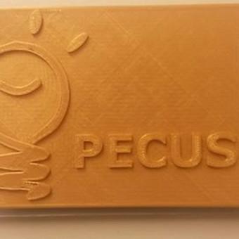 Įmonės logo, sumaketuota ir atspausdinta mūsų.