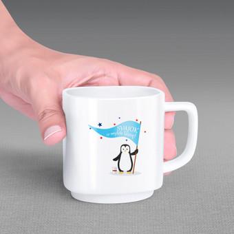 Iliustracija: sveikinimas, spausdintas ant puodelių.
