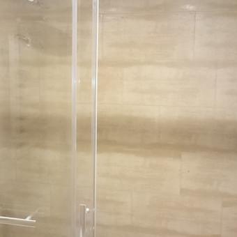 Dušo kabinos prietaisai
