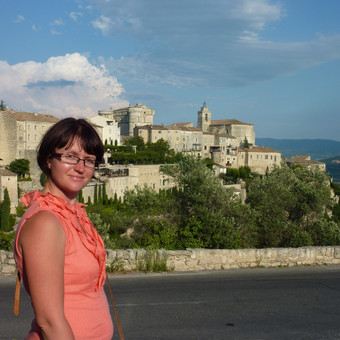 Organizuoju keliones nedidelėms grupėms lėktuvu į gražiausius Europos miestus ar salas (Prancūzija, Italija, Vokietija, ir kt.)