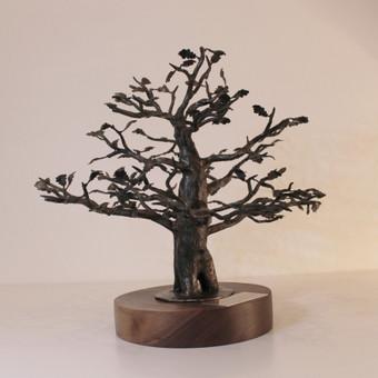 Kaltas ąžuolas / padas iš raudonmedžio / graviruota plokštelė / aukštis 15cm