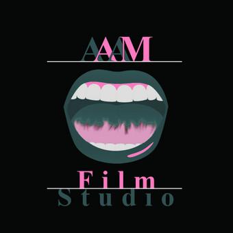 Kurtas logotipas filmų studijai.